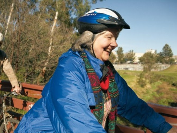 OlderPeopleCycling